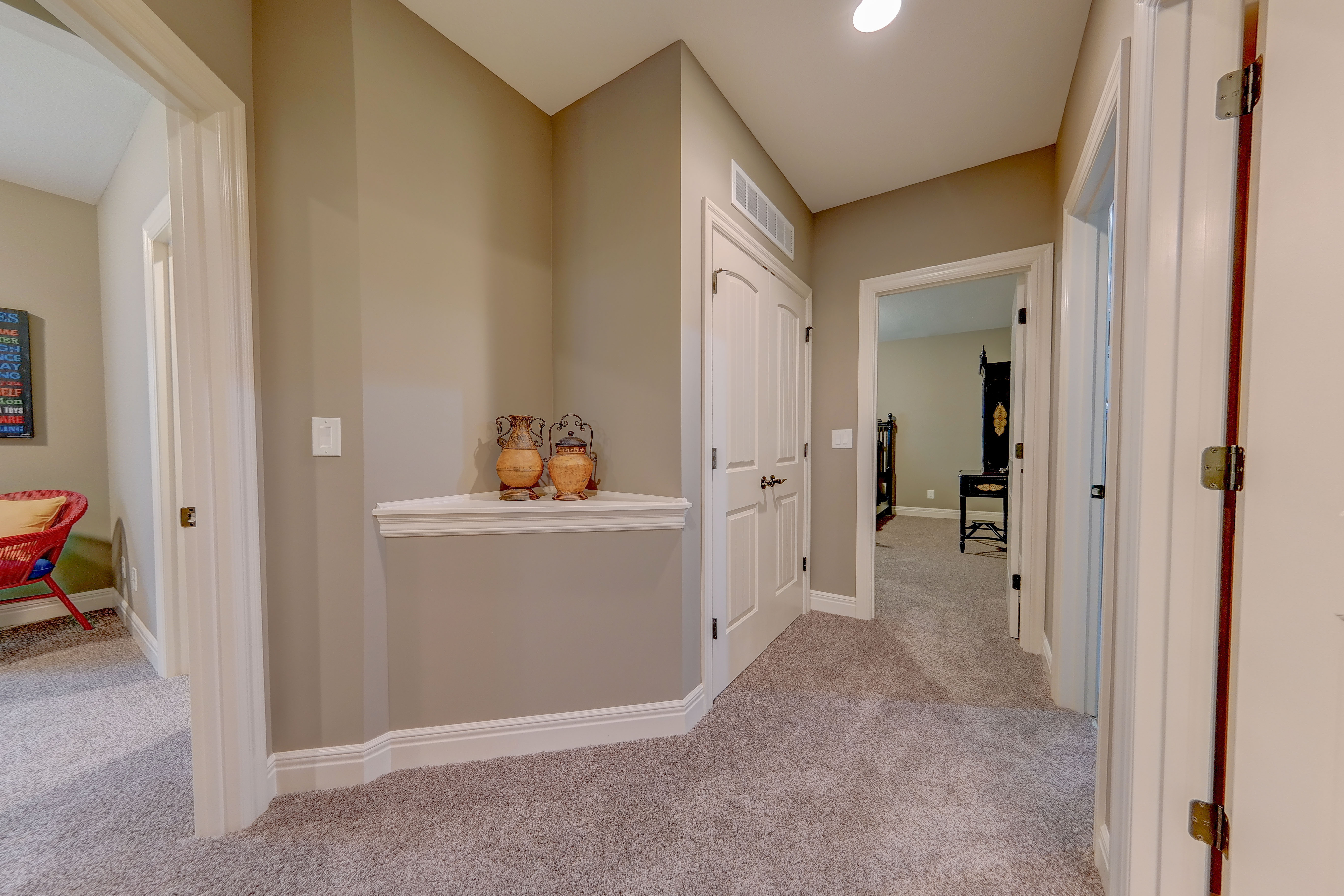 Sweetwater Creek New Homes in Spring Hill, KS The Clearbrook Lower level Closet