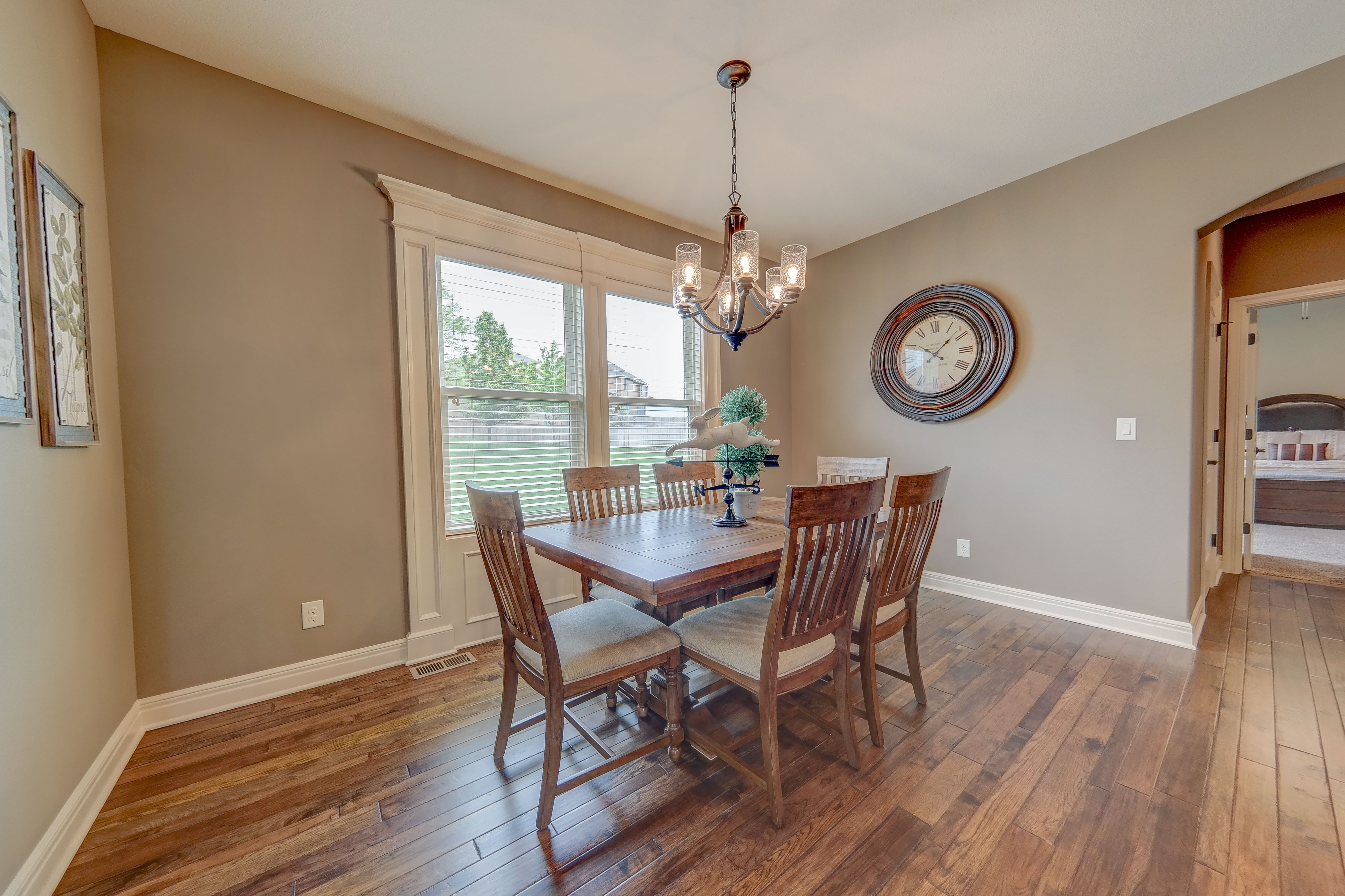 Sweetwater Creek New Homes in Spring Hill, KS The Clearbrook Dining