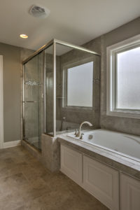 Sweetwater Creek New Homes in Spring Hill, KS The Creekwood Master Bathroom Shower and Tub