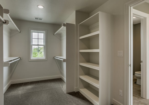 Sweetwater Creek New Homes in Spring Hill, KS The Creekwood Master Closet
