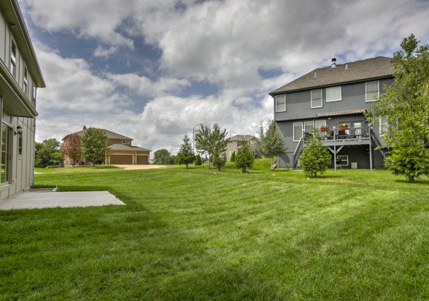 Sweetwater Creek New Homes in Spring Hill, KS The Creekwood Backyard